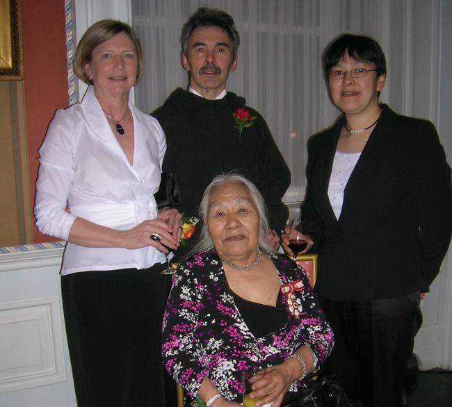 Pat, Silaaqi Ashevak, Jimmy Manning and Kenojuak Ashevak, Rideau Hall,  2008